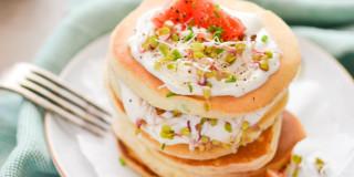 Szczypiorkowe pancakes na śniadanie